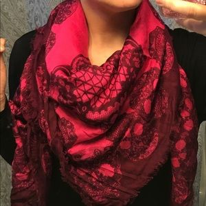 Express Pink Scarf with Skulls